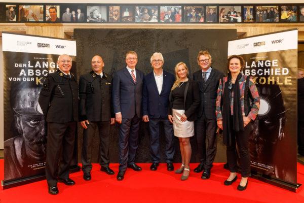 V.l.n.r.: Erfahrene Bergmänner, Bernd Tönjes, Werner Kubny, Petra Neukirchen, Matthias Kremin und Beate Schlanstein, WDR